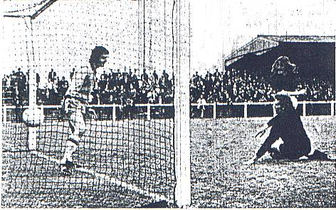 Kenny Payne scores against East Fife 1972
